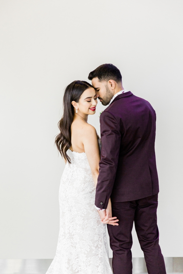 Colorful Spanish Wedding Inspiration Lakeshore in Love Photography by Lauryn (118)
