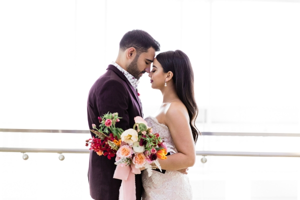 Colorful Spanish Wedding Inspiration Lakeshore in Love Photography by Lauryn (19)