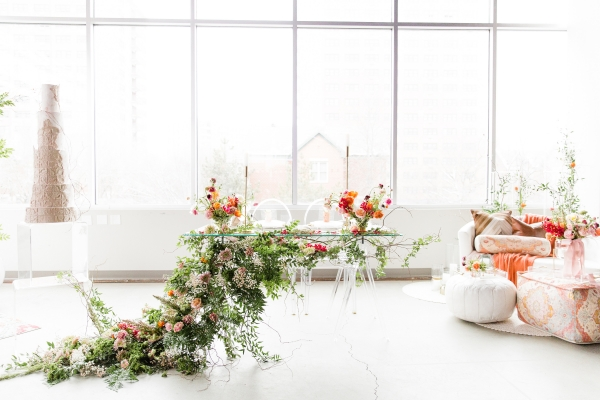 Colorful Spanish Wedding Inspiration Lakeshore in Love Photography by Lauryn (210)