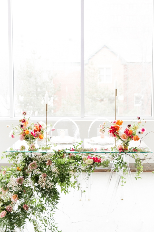 Colorful Spanish Wedding Inspiration Lakeshore in Love Photography by Lauryn (212)