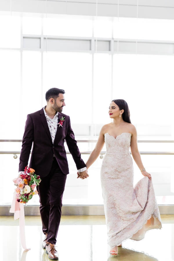 Colorful Spanish Wedding Inspiration Lakeshore in Love Photography by Lauryn (26)