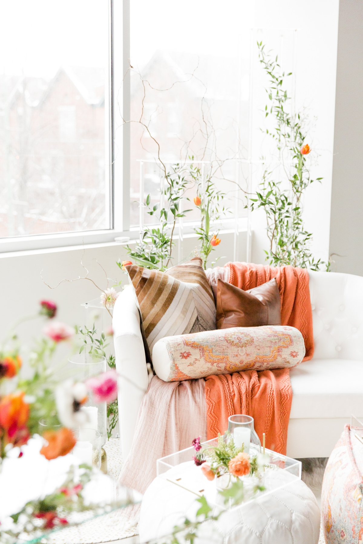 Colorful Spanish Wedding Inspiration Lakeshore in Love Photography by Lauryn (284)