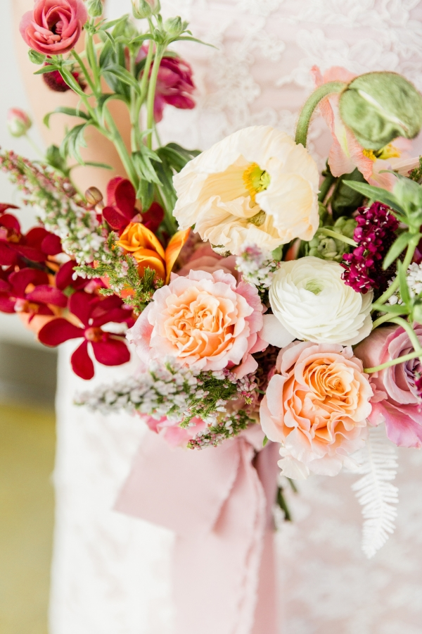 Colorful Spanish Wedding Inspiration Lakeshore in Love Photography by Lauryn (49)