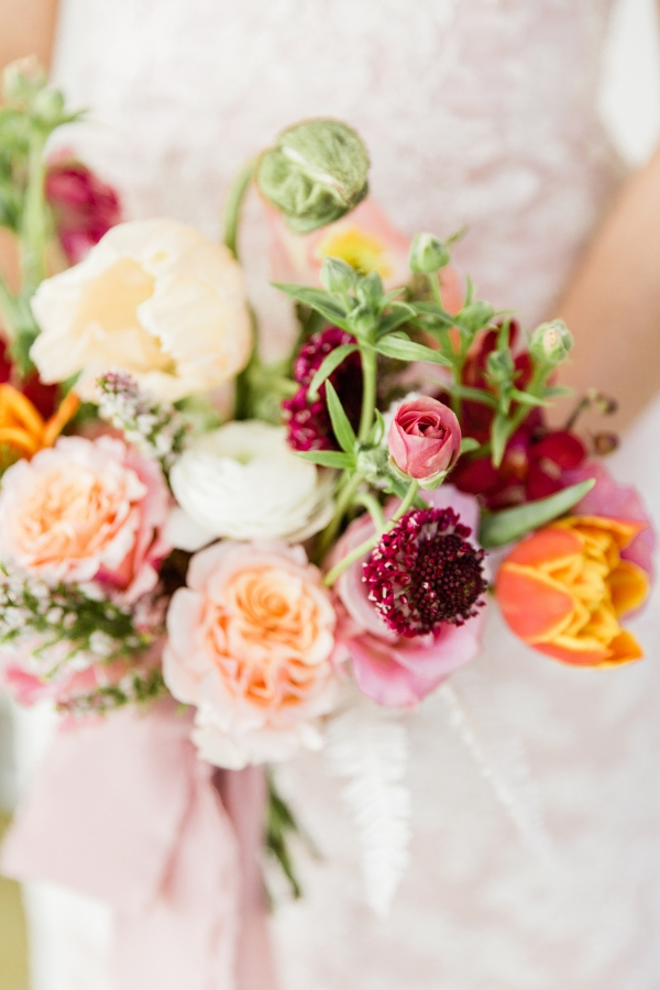 Colorful Spanish Wedding Inspiration Lakeshore in Love Photography by Lauryn (53)