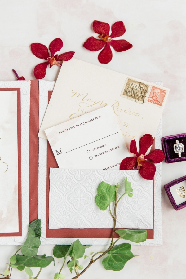 Colorful Spanish Wedding Inspiration Lakeshore in Love Photography by Lauryn (6)