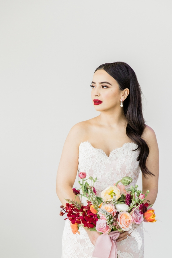 Colorful Spanish Wedding Inspiration Lakeshore in Love Photography by Lauryn (70)