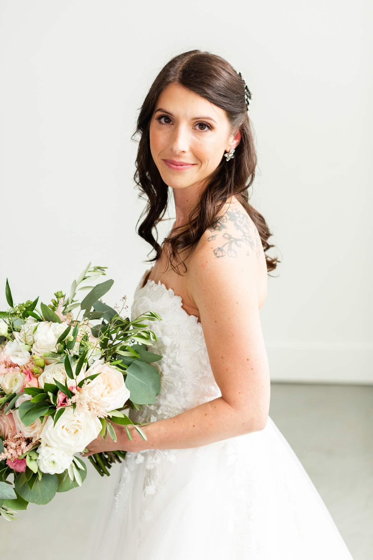 Room 1520 Chicago Wedding from Alexandra Lee Photography 16