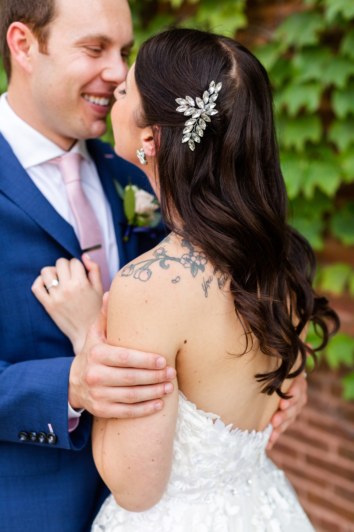 Room 1520 Chicago Wedding from Alexandra Lee Photography 41