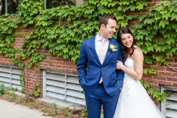 Room 1520 Chicago Wedding from Alexandra Lee Photography (43)