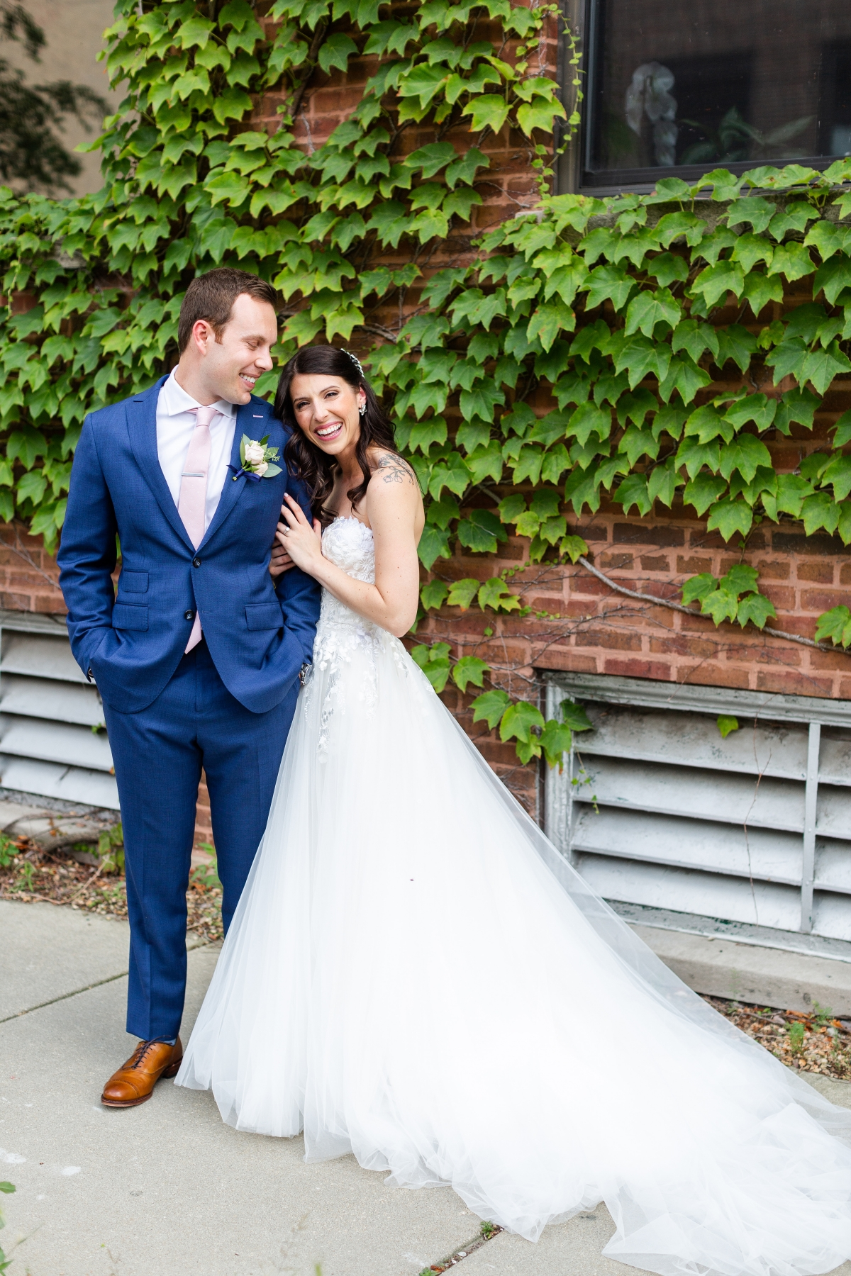 Room 1520 Chicago Wedding from Alexandra Lee Photography 45