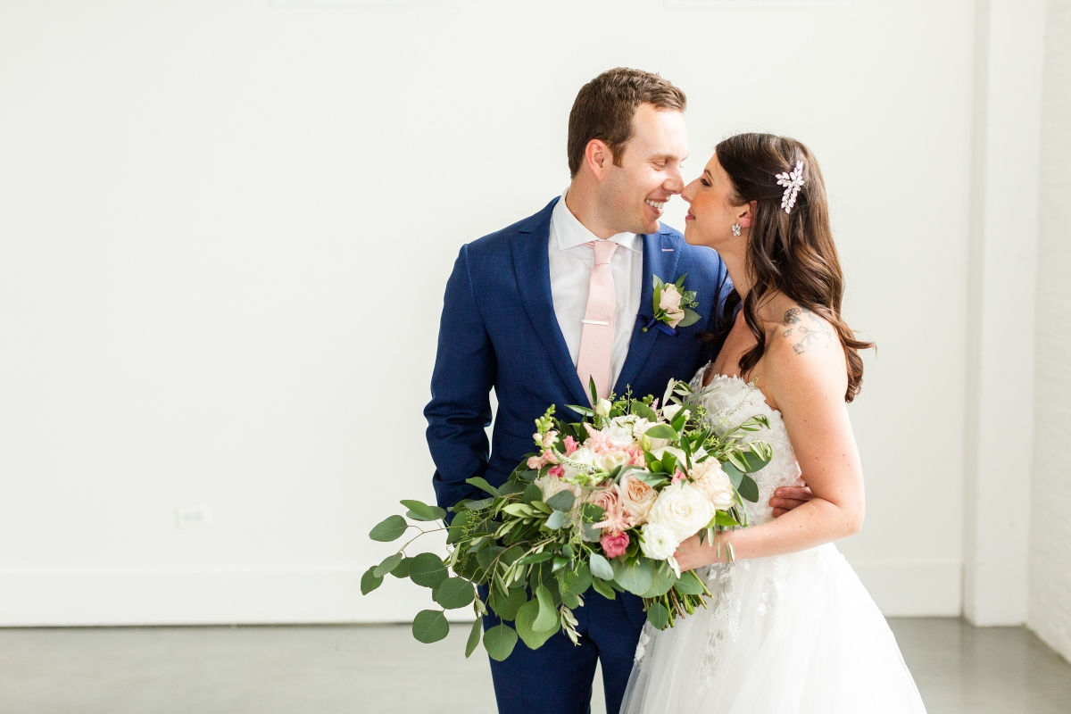 Room 1520 Chicago Wedding from Alexandra Lee Photography 48