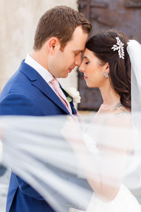 Room 1520 Chicago Wedding from Alexandra Lee Photography (5)