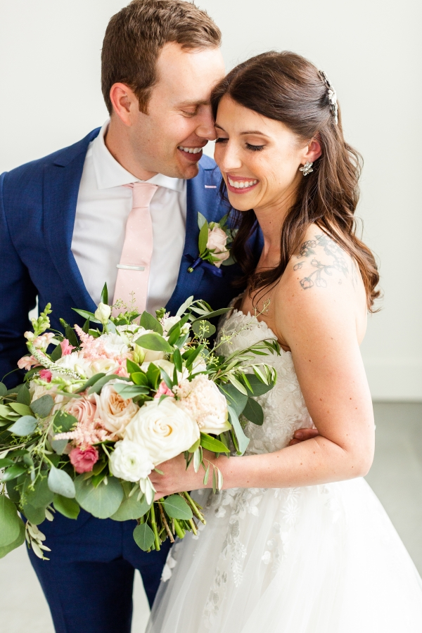 Room 1520 Chicago Wedding from Alexandra Lee Photography (53)