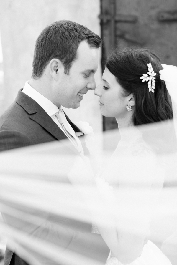 Room 1520 Chicago Wedding from Alexandra Lee Photography (64)