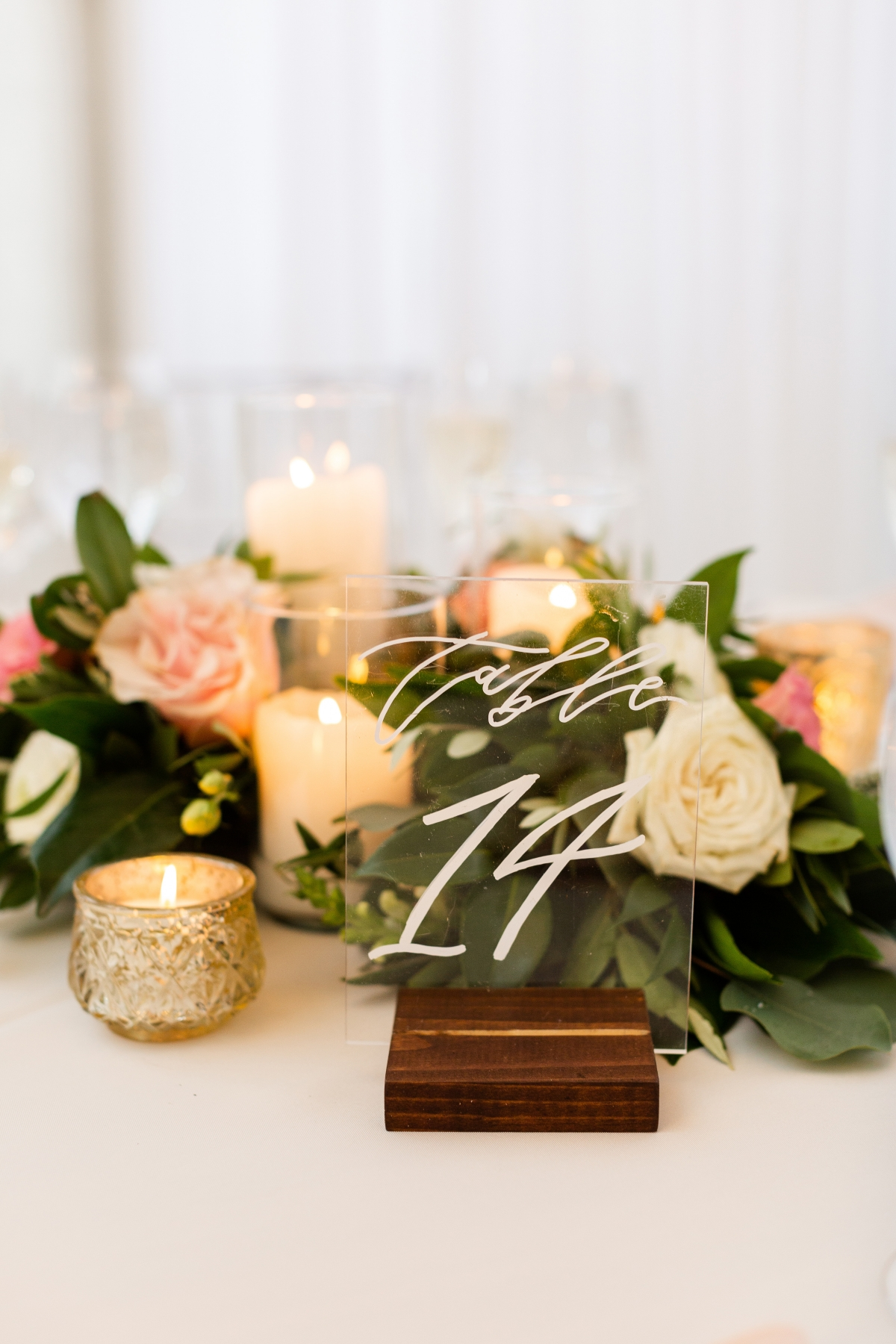 Room 1520 Chicago Wedding from Alexandra Lee Photography 70