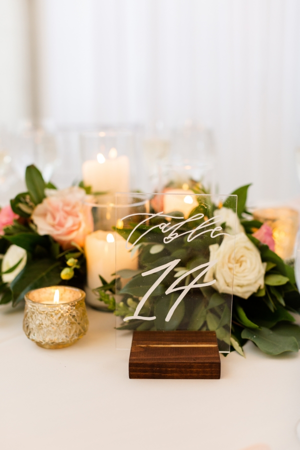 Room 1520 Chicago Wedding from Alexandra Lee Photography (70)