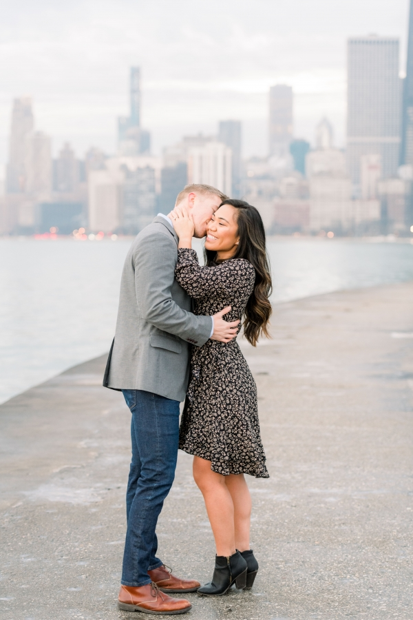 Melissa-Chris-North-Ave-Beach-Lincoln-Park-Chicago-Engagement-24