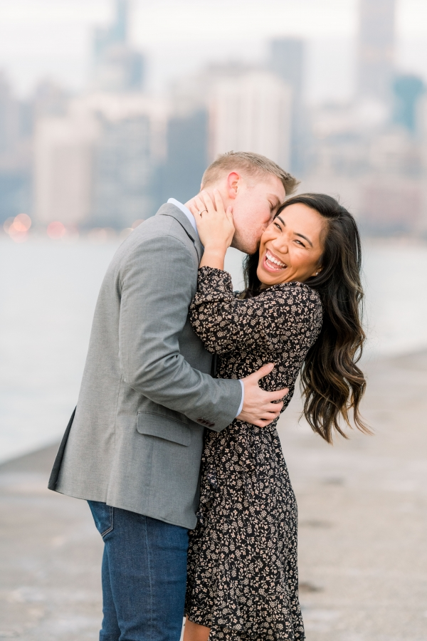 Melissa-Chris-North-Ave-Beach-Lincoln-Park-Chicago-Engagement-27
