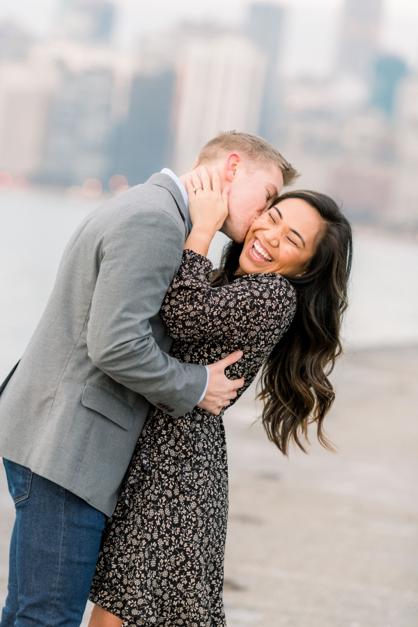 Melissa-Chris-North-Ave-Beach-Lincoln-Park-Chicago-Engagement-28