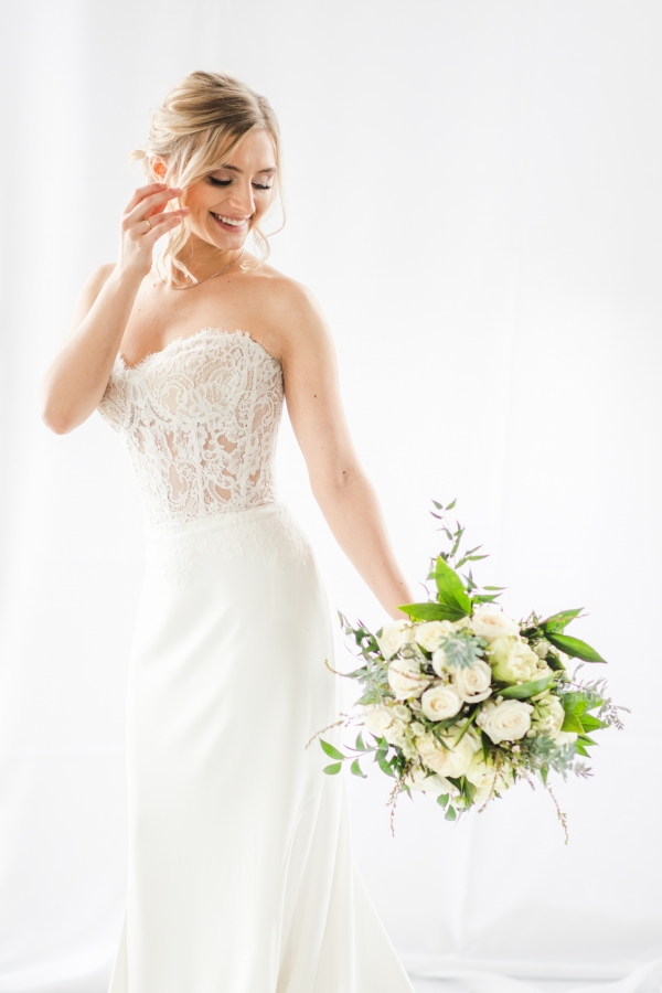 Multiple Bridal Looks at The Stockhouse Chicago