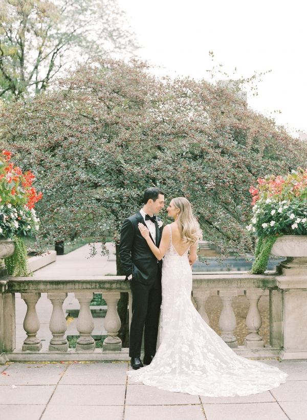Classic Chicago Micro-Wedding in the Fall