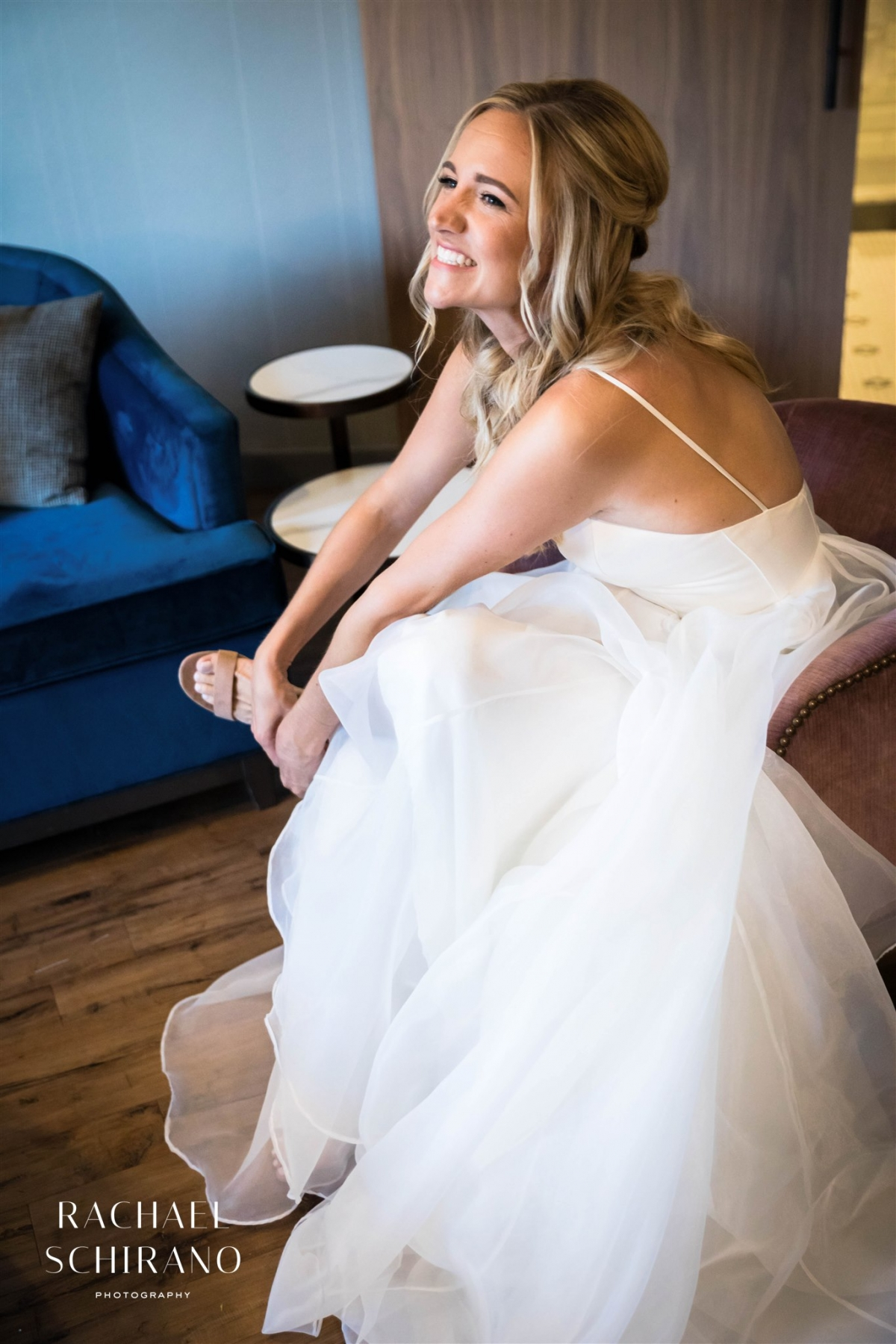 Intimate Summer Wedding at Chicago Pub Garden