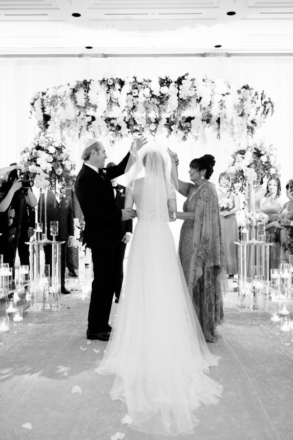 summer-peninsula-wedding-chicago-183
